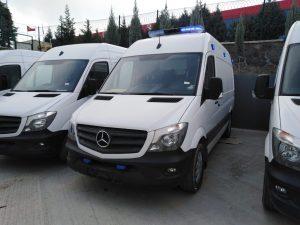 سيارة إسعاف مرسيدس جاهزة للشحن الإسعاف