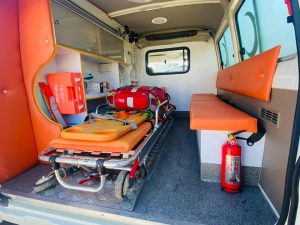 TOYOTA LAND CRUISER EMERGENCY AID 4X4 AMBULANCE
